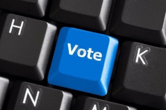 vote-button-tasto-vota-internet-democracy-democrazia-diretta-direct