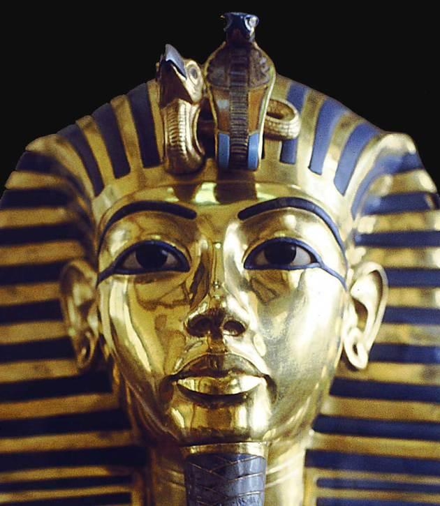 31647-tutankamon1