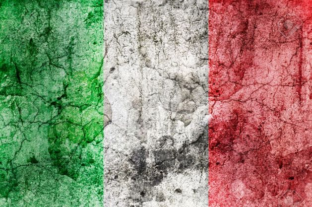13836208-Italian-Flag-Grunge-Stock-Photo